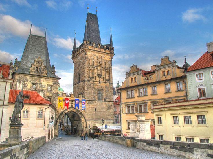PRAGA.PASQUA.Formula Roulette,volo +pernottamento e prima colazione in Hotel centrale,6 giorni 5 notti.Euro 380. http://www.cocoontravel.uk #Praga #viaggi #journey