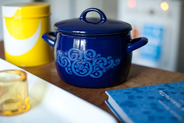 Arabia Finel Finland, Orient blue, designer Raija Uosikkinen