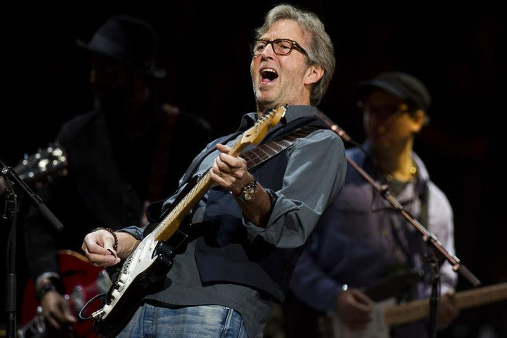 Эрик Клэптон стал Командором Ордена Искусств и литературы - http://rockcult.ru/news/eric-clapton-honoured-in-france/