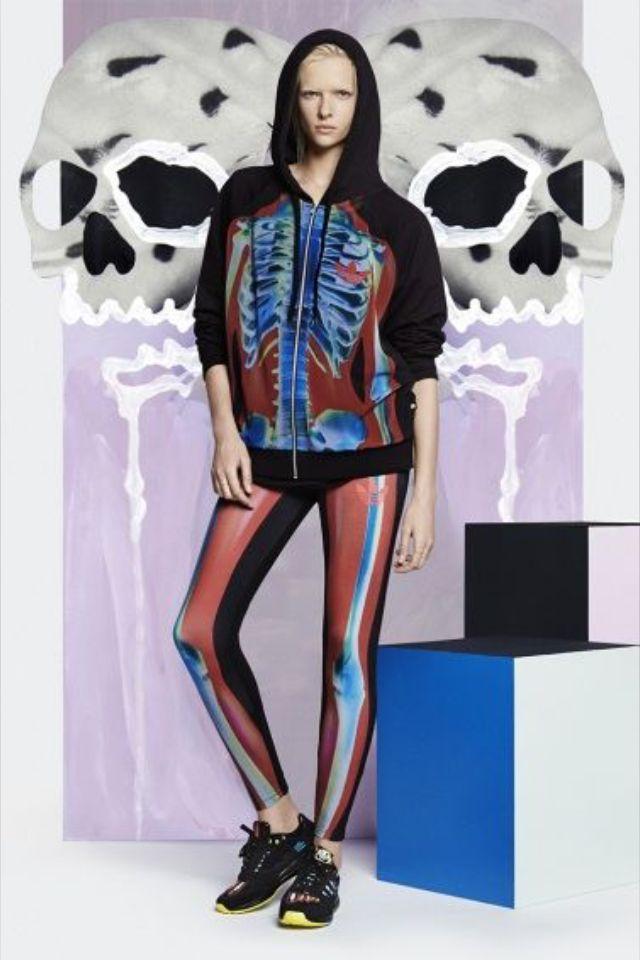 Pop et colorée, la nouvelle collab' Rita Ora x Adidas déboîte !