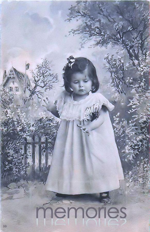 Brocante Brie, bewerkte foto vintage meisjes