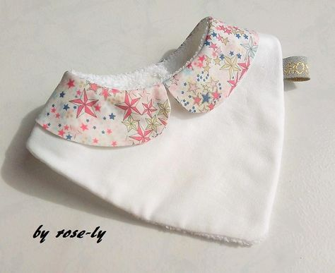 Bavoir bandana col claudine liberty Adelajda rose : Mode Bébé par rose-ly