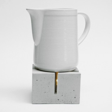 keep your tea warm...  via betonWare stövchen t_licht