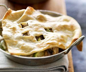 Pastry-Covered Stew: Love the adorable single servings!