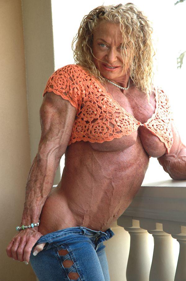 plump nude girls in sturgis