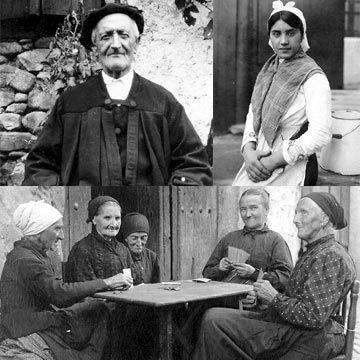 Varios modelos del modo de vestir de los campesinos a principios del siglo XX.