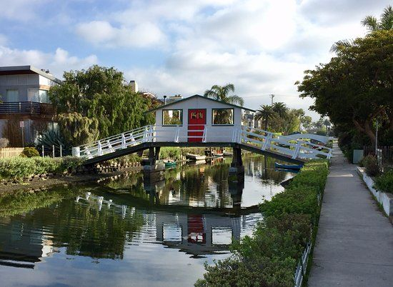 Venice Canals Walkway, Los Angeles Picture: Viewsof Venice Canals. - Check out TripAdvisor members' 55,232 candid photos and videos of Venice Canals Walkway