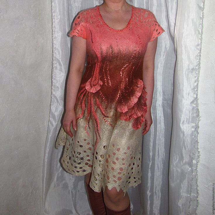 """Купить Валяное платье """"бежево-коралловое кружево"""" - коралловый, платье вечернее, платье валяное, нуновойлок"""