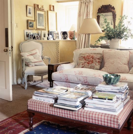 brook cottage cabbages roses in england looks like my - White Sitting Room Furniture