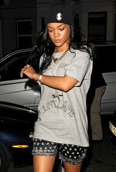 Rihanna wears a t-shirt with crude writing on it as she arrives at a Notting Hill studio.  (June 20, 2012 - Source: Bauer Griffin)