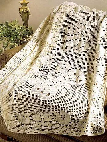 I think this is beautiful. I would love to make this.  Ravelry: Filet Butterflies Throw pattern by Hartmut Hass