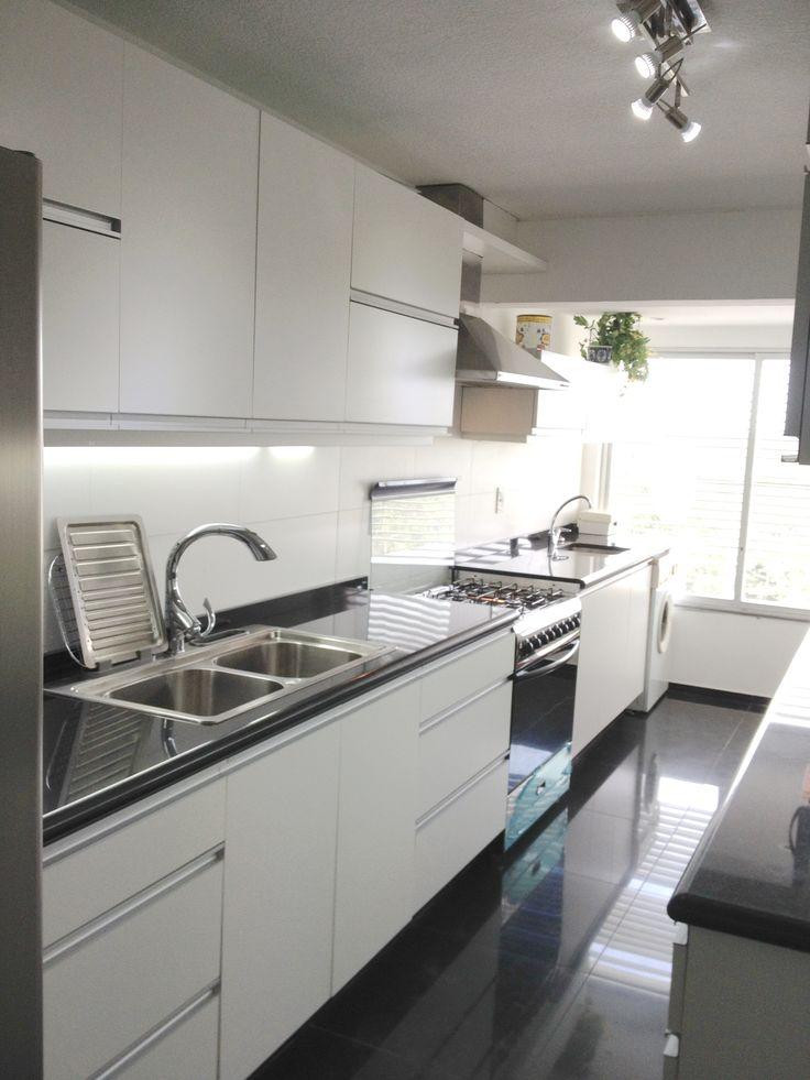 Muebles De Cocina Blancos Con Encimera Negra – Ocinel.com