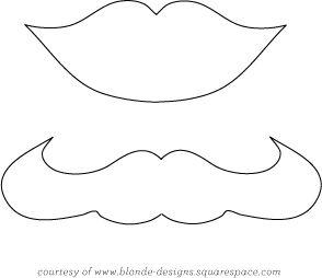 Pirulitos com lábios e bigodes