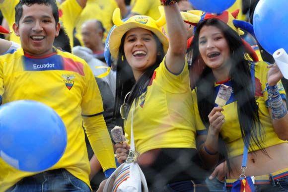 Bola.net: Suporter Elok Piala Dunia 2014: Ekuador