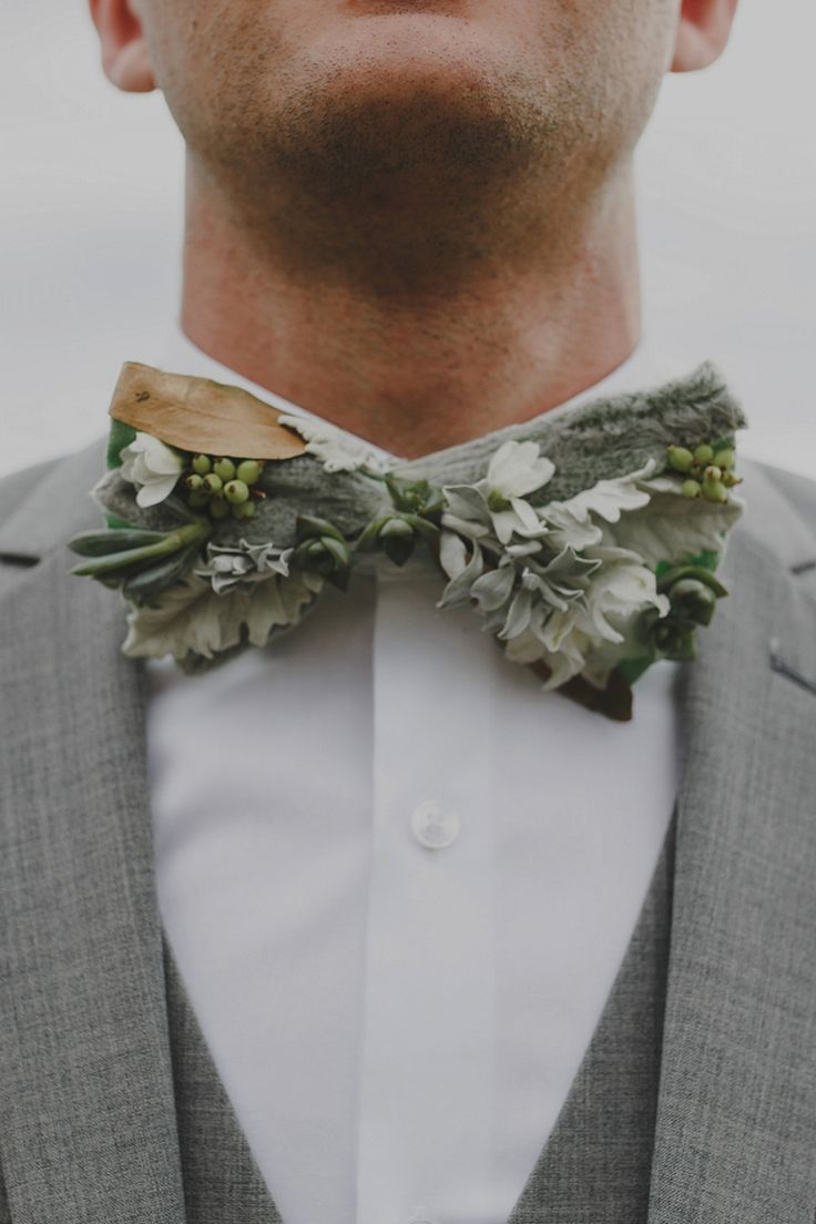 A Seaside Picnic Love Story // Modern Wedding Inspiration For The Unique Couple // greenery bow tie for groom