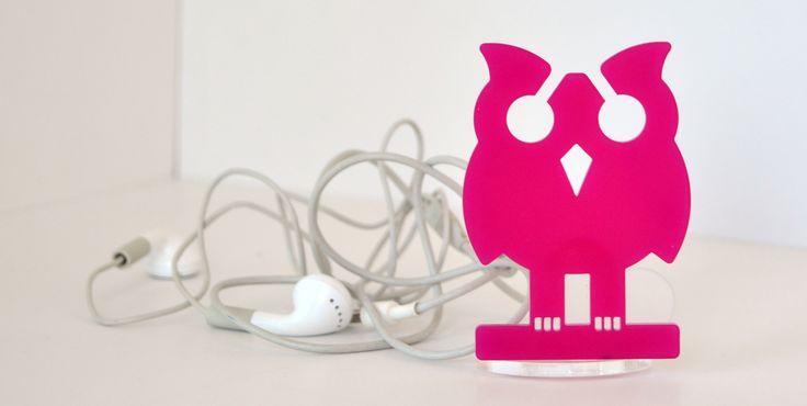 Guffietto! The earphones holder by microstudio. Buy it on www.microstudiodesign.it/shop