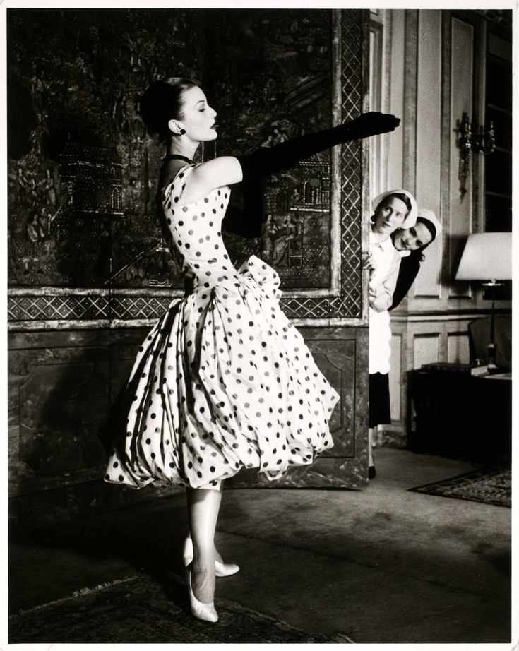 Polka dot #dress #polkadots #dots #glamour: Vintage Dior, Polka Dots, Polkadot, Vintage Fashion Photography, Christian Dior, Dior Dresses, Jane Russell, Retro Style, Mary Jane