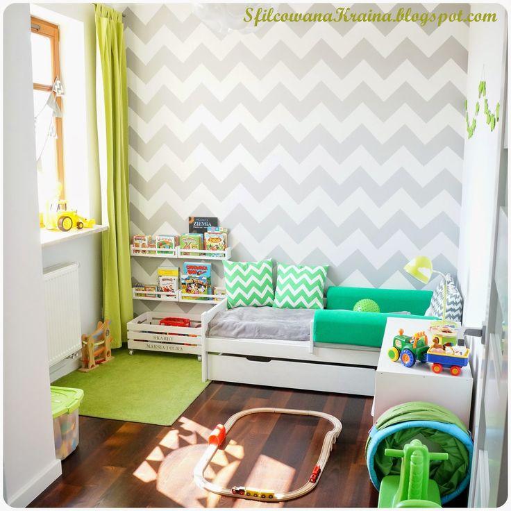 Kids room, chevron wall