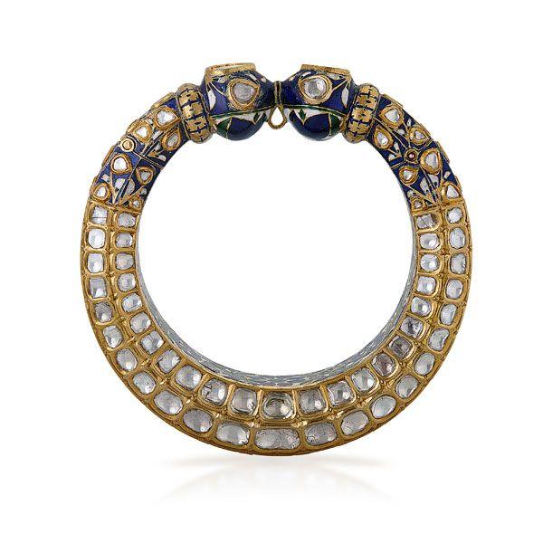 Saffronart Fine Jewels and Silver,  A DIAMOND `POLKI` KADA, Period Indian Jewelry