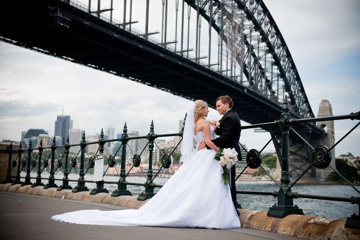 Sydney Harbour Bridge wedding photo