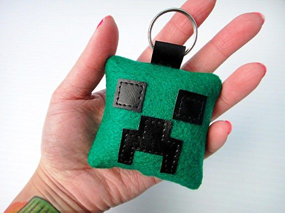 Minecraft Creeper key ring, recreate using felt.   Find more cool teen program ideas at www.the4yablog.com