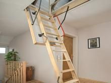 Dachbodentreppe: Einbau einer platzsparenden Dachbodentreppe