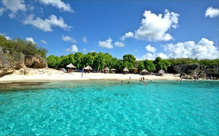 Het strand Kleine Knip op Curacao