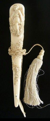 Antique Wedding Brisè Hand Fan Raised Carving of Angel Flowers Erbach C1870