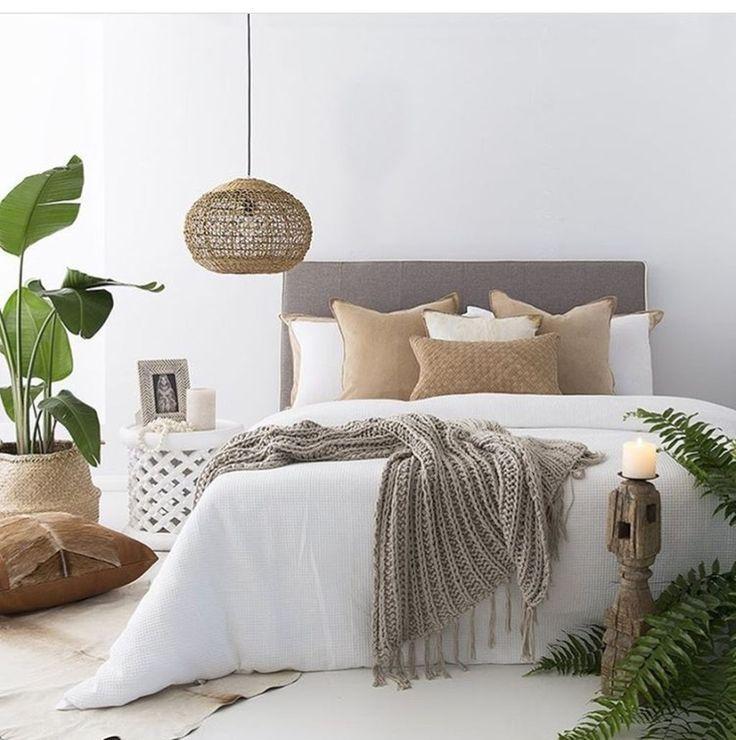 99+ moderne und elegante weiße Hauptschlafzimmer-Dekorationsideen