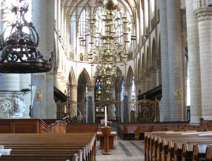 Kerkinterieur Grote kerk Dordrecht