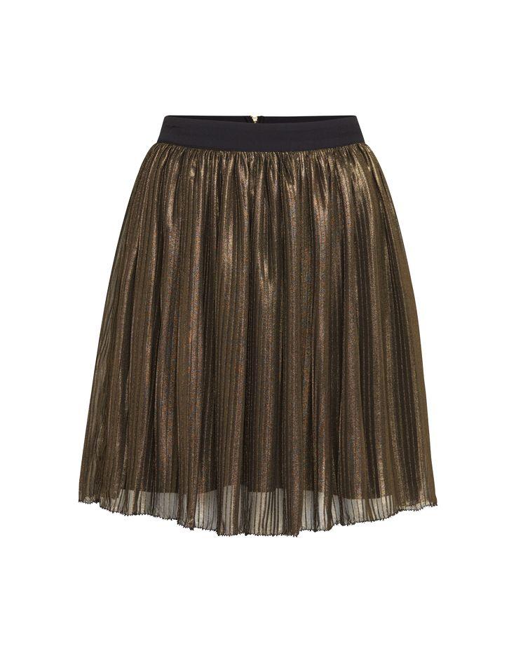 Metallic-Mania: dieser Minirock von Valentine Gauthier. Das offensive Metallic-Finish versetzt jedes Outfit in eine starke Kombination aus Feminität und urbanen Chic @aboutyoude http://www.aboutyou.de/p/valentine-gauthier/minirock-palace-2251169?utm_source=pinterest&utm_medium=social&utm_term=AY-Pin&utm_content=2016-07-KW-27&utm_campaign=Berlin-Fashion-Week-Board