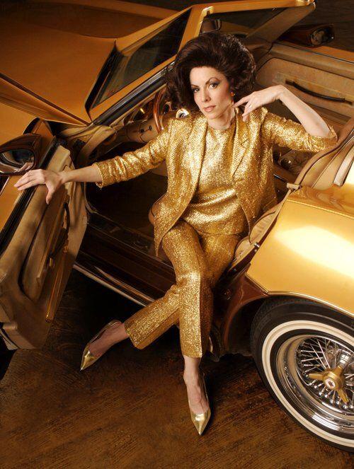 Lynda Kay – Gold Car