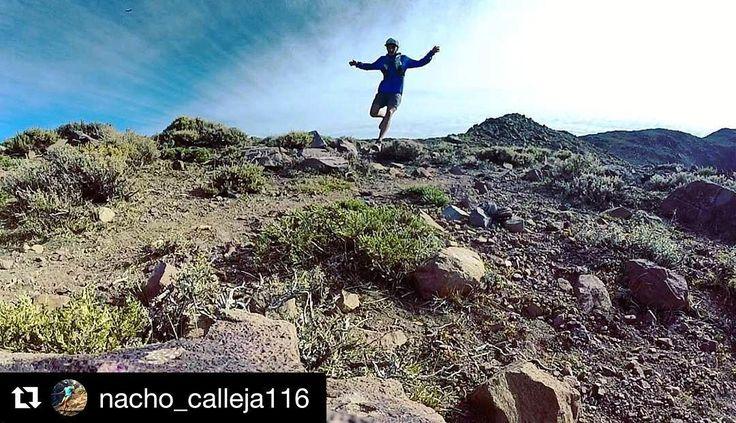 Buena semana para todos! Sigue las actividades junto a los horarios de nuestros entrenamientos en los dos puntos de encuentro: Parque Metropolitano - Co. San Cristóbal y Parque Bicentenario de Vitacura >>> http://ift.tt/2nUL4YL . Te esperamos para salir a movernos . : info@stgomrco.com  #stgomrco #mammutchile #cabradelmonte #cervezaquimera #nutricionenbalance #club #equipo #crew #training #run #runner #mountain #trailrunning #ultratrail #running #happy #picoftheday #instachile #instagood…