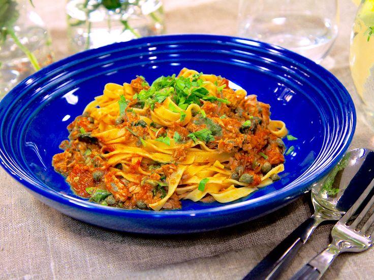 Paolos tomat- och tonfiskpasta | Recept från Köket.se