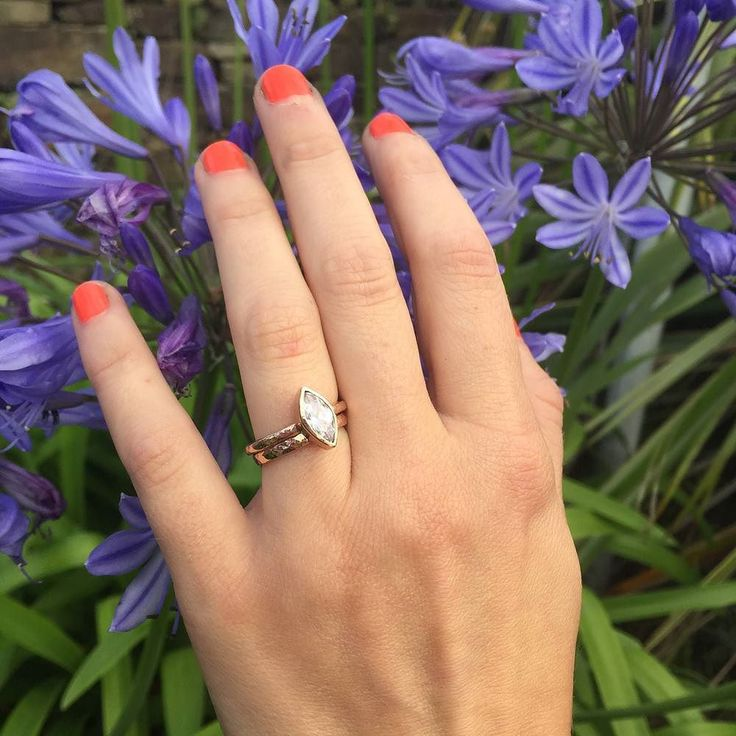 D e r o w e n  From the beautiful Cornish word meaning oak Derowen is a beautiful nature inspired engagement ring echoing the shapes of leaves and petals. Find her in our Bespoke Wedding Collection. Shop here  http://ift.tt/2oonkJ8 #bloodymarymetal #bloodymarybride #bmmbespoke