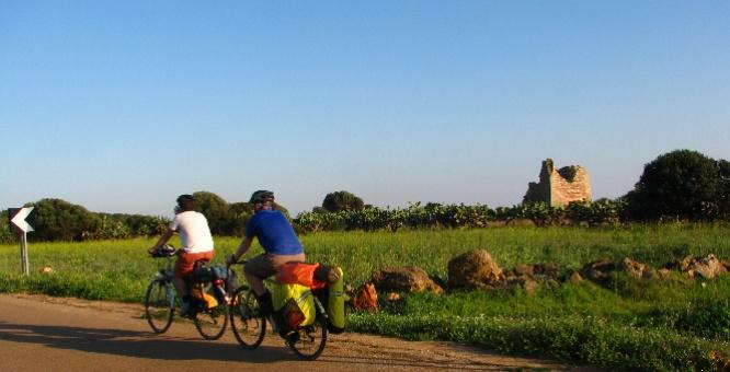Salento Bici Tour  www.pugliaevents.it