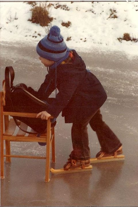 4 year old me crosses the fininshline of the #Elfstedentocht on the Bonkevaart in 1978 (no official race)