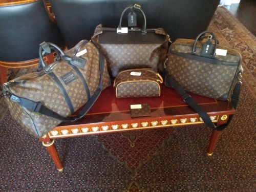 Best 20  Louis vuitton luggage set ideas on Pinterest | Louis ...