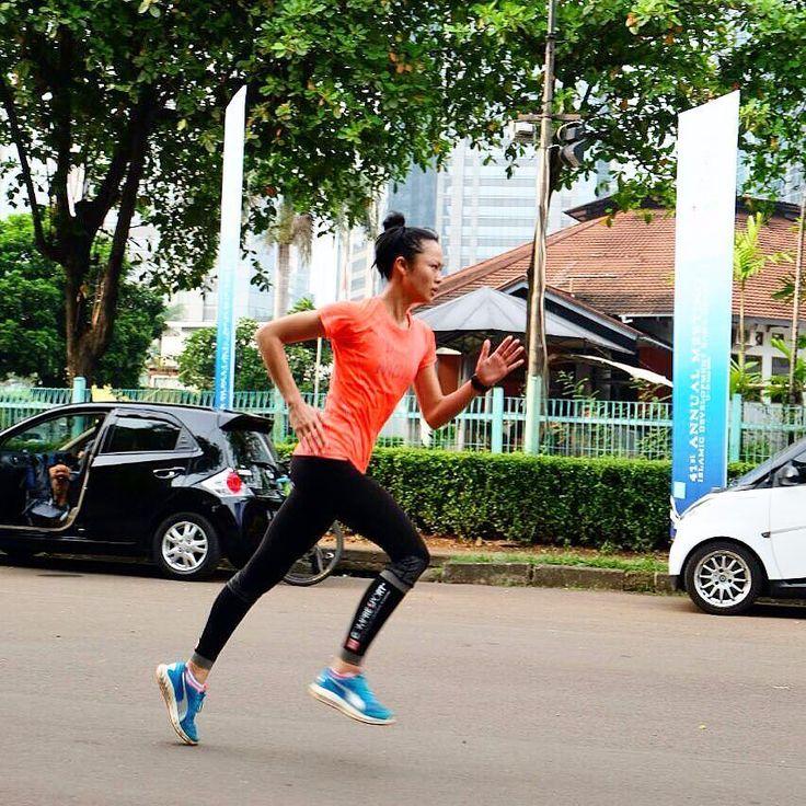 Ready for another race??? Yukkkk daftar guys!!!!! Secara resmi pendaftaran COMPRESSPORT HERITAGE RUN 2016 @compressportrunindo telah dibuka.  Silakan kunjungi laman:  http://ift.tt/1XrtG75  untuk registrasi dan update segala informasinya.  Jangan sampai terlambat mendaftar dan persiapkan diri Anda untuk berlari keliling Indonesia selama satu hari!  #CompressportRunJKT #SUKAOUTDOOR @sukaoutdoor #kellytandiono #running #puma #foreverfaster #crosstheline #pumagirl #kellytandionoforcompressrun…