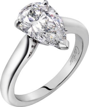ペアシェイプブリリアントカットは指を美しくみせてくれる *エンゲージリング 婚約指輪・カルティエ一覧*