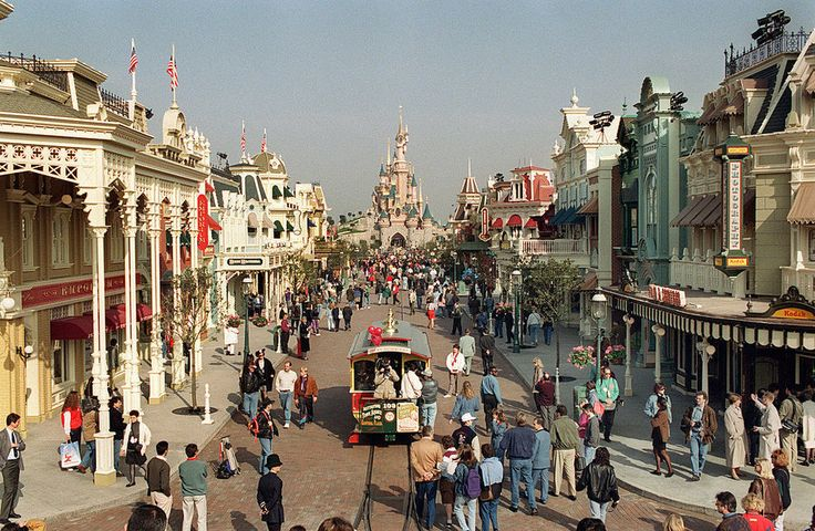 38 Things You Probably Didn't Know About Disneyland Paris