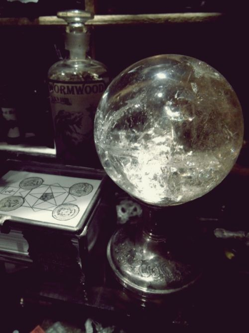 magick-from-the-moon:Source unknown.  Beautiful~ Grandmama could use a new crystal ball.