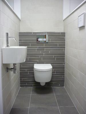 Bekijk de foto van kh2011 met als titel Modern toilet met natuurlijke kleuren.   en andere inspirerende plaatjes op Welke.nl.