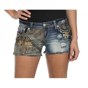 Realtree Girl Xtra Camo Shorts - Grace in LA