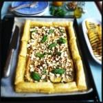 Krokante courgette taart met basilicum & feta