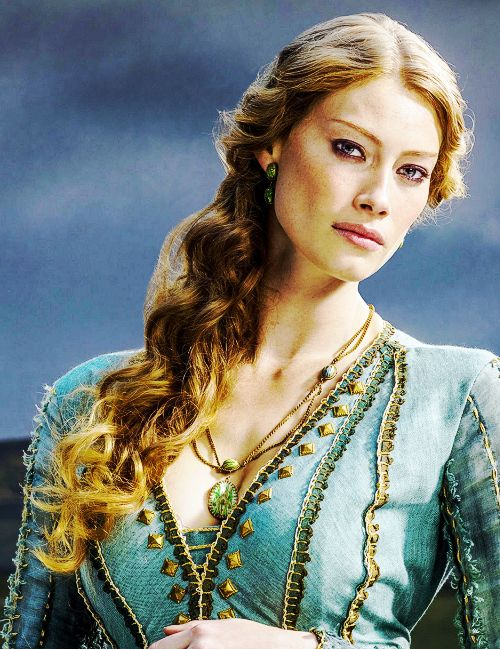 Honestly when I watch Vikings I'm just staring at her cheekbones half the time [Princess Aslaug from History Channel Vikings]