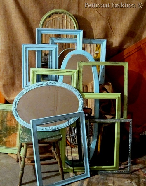 DIY::Vintage Painted Mirrors and Frames in Turquoise and Green in 30 Minutes- Great easy Tutorial - Petticoat Junktion