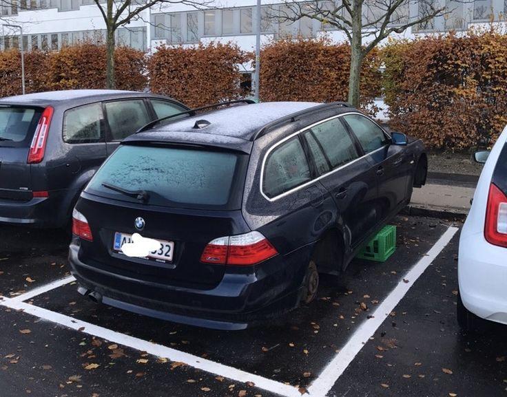 BMW 5-serie får stjålet sine fælge - http://bit.ly/2zTBN84