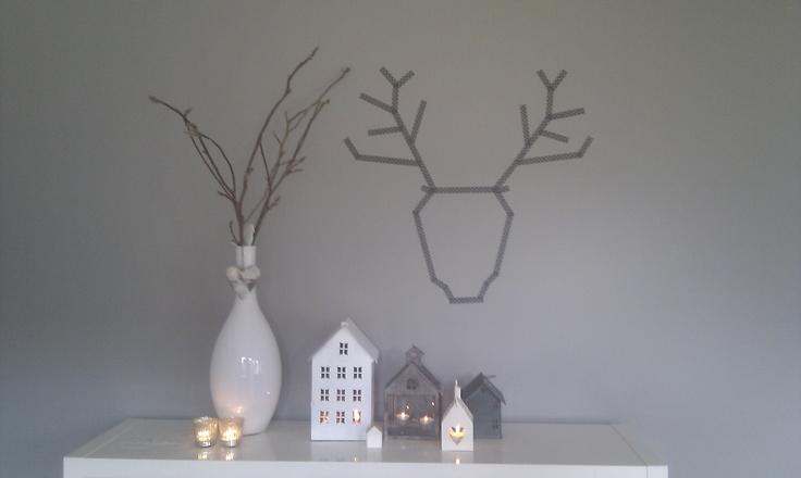 subtiele decoratie voor kerst # maskingtape # huisjes