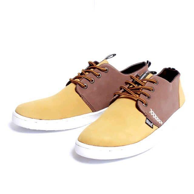 Brave Coolmar, Warna: Tan, Size : 40-44 Untuk Pemesanan Online Kunjungi : www.rockford-footwear.com *Gratis pengiriman ke seluruh Indonesia Email: contact@rockford-footwear.com Pin : 525B26DF Atau...